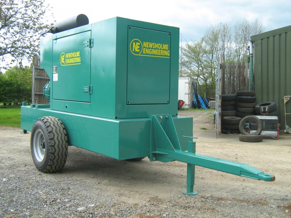Eae 6cn 3sr100 acoustically enclosed mobile diesel engine for Diesel irrigation motors for sale
